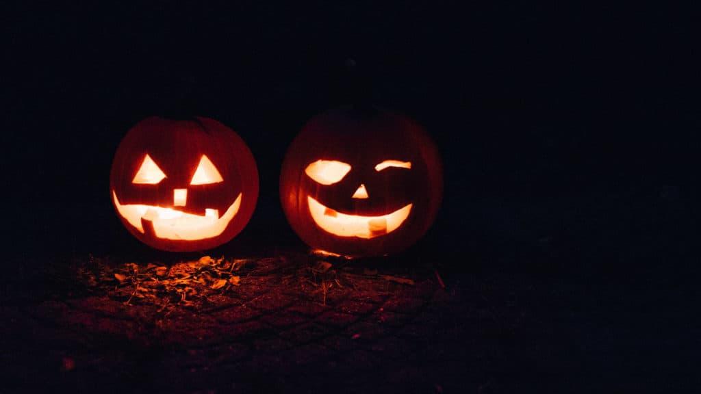 kuerbis-schnitzen-halloween