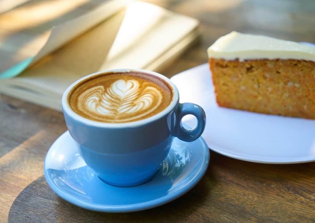 sonnige-plaetze-erlangen-kaffee-kuchen
