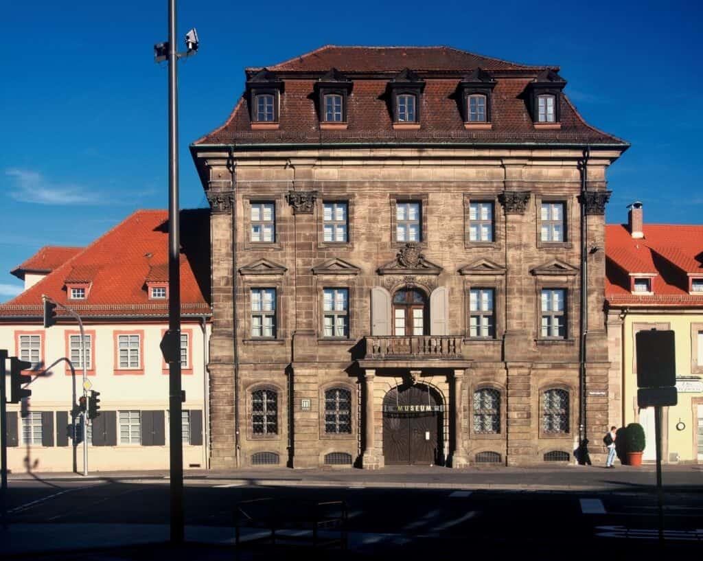 Stadtmuseum_Erlangen_Vorderansicht_Foto_Erich_Malter_k